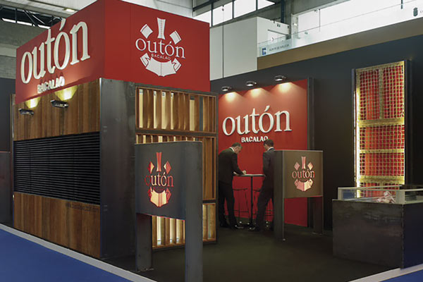 outon_stand2